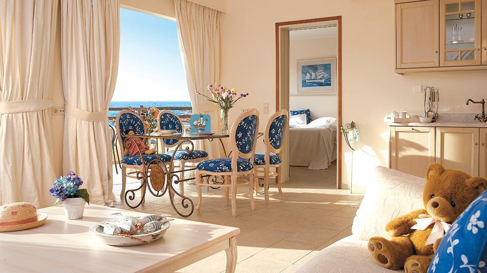 Deluxe Bungalow Suite Club Marine Palace Crete