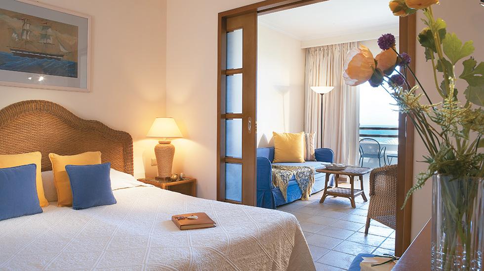 Family Room Master Bedroom Club Marine Crete