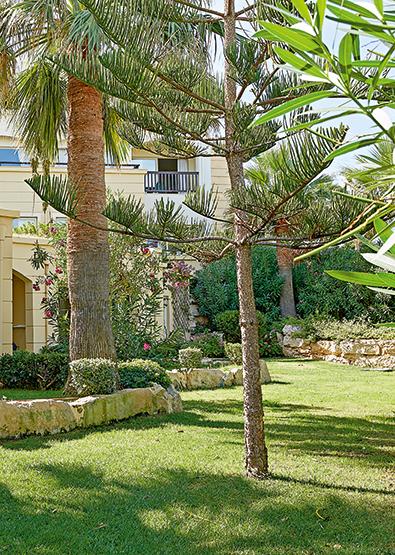 casa-marine-guestroom-sea-side-club-marine-palace-crete