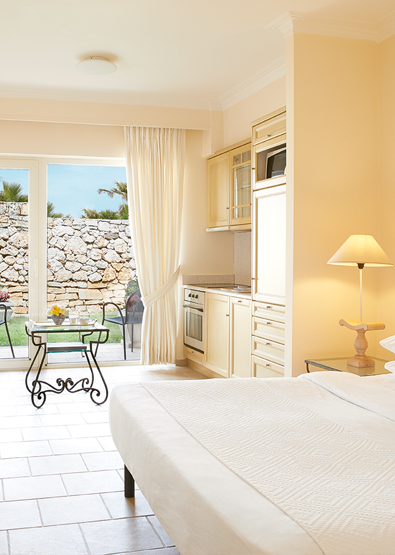 family-studios-in-crete-club-marine-palace