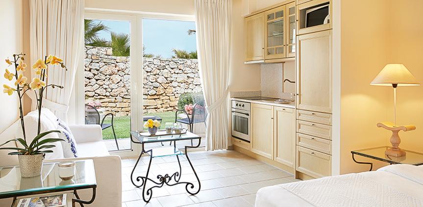 02-family-accomodation-crete-club marine-palace