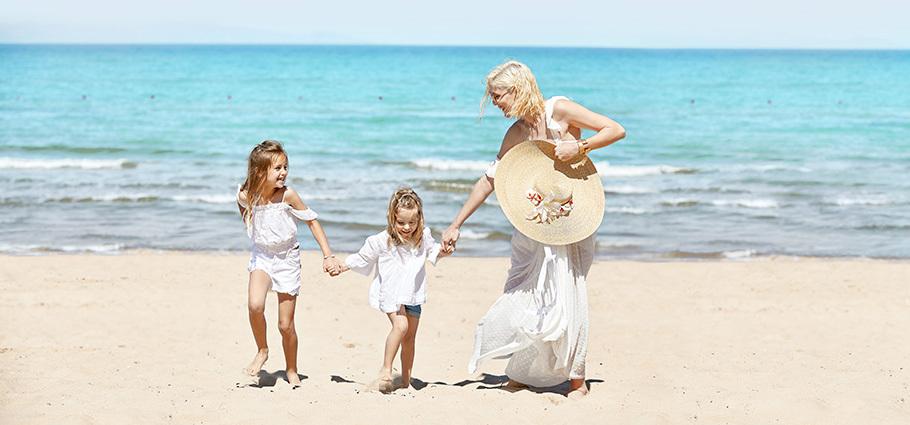 grecotel-luxury-hotels-and-resorts-kids-go-free