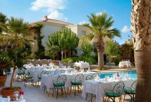 club-marine-palace-riviera-mediterranean-restaurant-in-crete