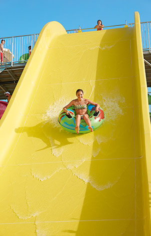waterslides-in-club-marine-palace-aqua-park-crete